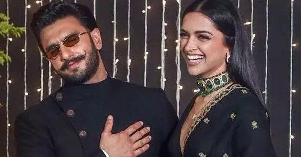 Deepikapadukone And Ranveersingh Are One Of The Most Loved Couples Of B Town The Couple Looks Madly In Love E Ranveer Singh Deepika Ranveer Deepika Padukone