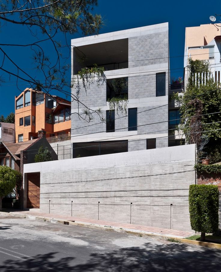 introvert #Casa Búhos in #mexico by Ambrosi I Etchegaray #architecture #cement