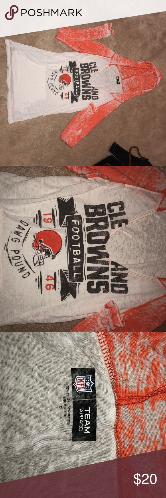 🏈Women's Cleveland Browns Long Sleeve🏈 size S Women's Cleveland Browns long sleeve shirt size small. Not worn many times. No rips, stains, holes, etc. Nice athletic shirt!! Team Apparel Tops Sweatshirts & Hoodies