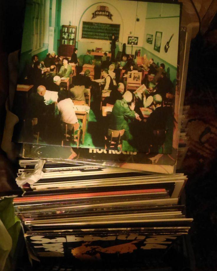 Oasis The Master Plan #vinyl #records #record #vinyligclub #instavinyl #turntable #vintage #vinyladdict #vinyljunkie #nowplaying #vinylcollection #lp #rock #soul #jazz #punk #classic #45rpm #metal #80s #45 #onmyturntable