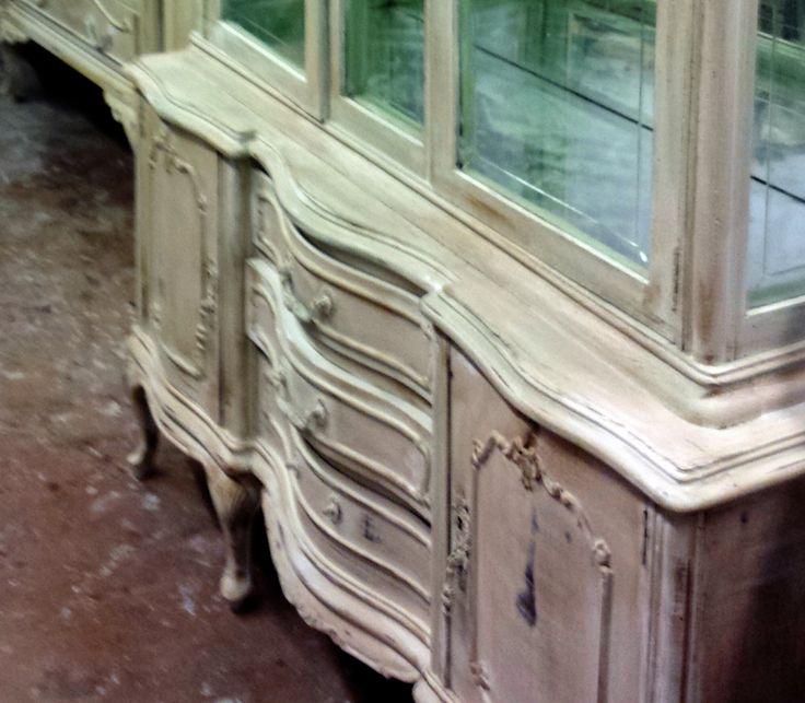 96 best images about aparadores bufets y vitrinas on - Muebles blanco envejecido ...