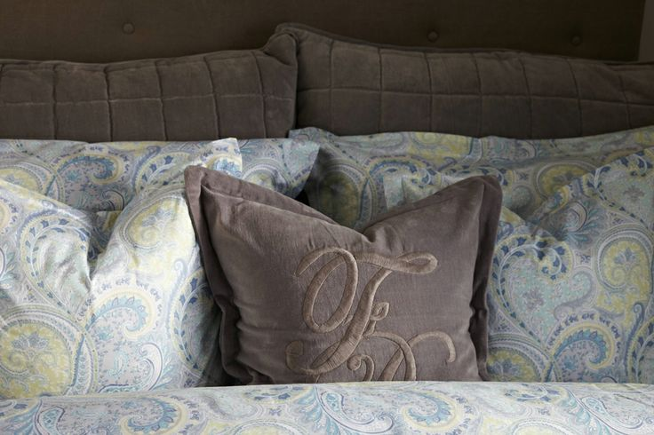 Florence Pillows- for all those who are not that into pink - we also have mix & match with blue!