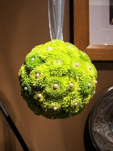 green mums, cute for flower girl instead of throwing flowers