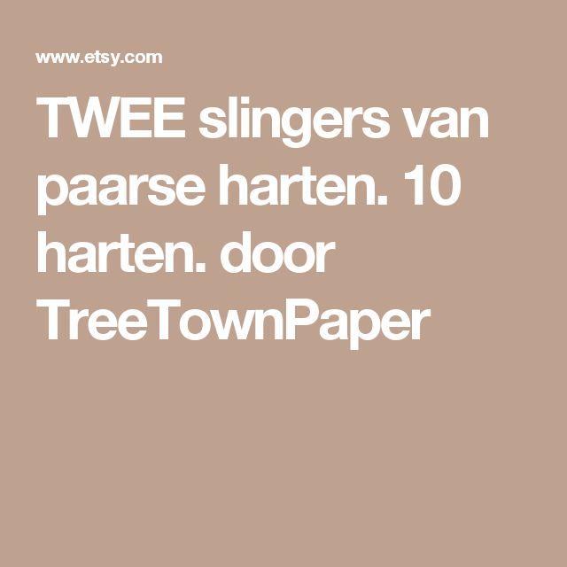 TWEE slingers van paarse harten. 10 harten. door TreeTownPaper