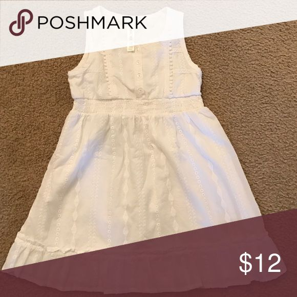Children's clothing Cherokee brand, size S 6/6X eyelet dress. Super cute eyelet dress. Worn once for pictures, excellent condition, no stains. Dresses Casual
