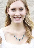Collar nupcial azul del trullo Artesanal Con piedra preciosa del cuarzo y perlas - Collar de Theresa