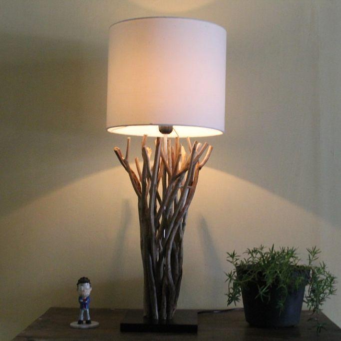 Lampu meja.terbuat dari kayu laut yg sudah halus natural. Untuk pemesanan hubungi : Pin : 59f9b4f1 Hp/wa/line : 082234821126  #lamp #lampu #lampuhias #lampuunik #lampudecor #lampudekorasi #lampudekorasimurah #lampumeja #lampukamar #lampulantai #lampusudut #kerajianan #kerajianankayu #handycraft #wood #woodwork #woodworking #wooddesign #homedeco #vintage #art #malang #indonesia de canthink_lamp