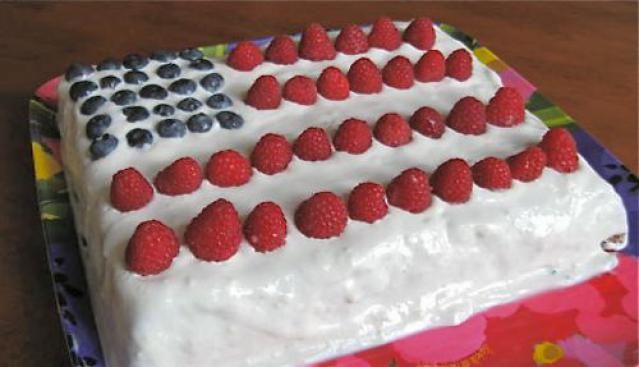 Flag cake, apple pie, s'mores, blueberry pie and more great Memorial Day desserts