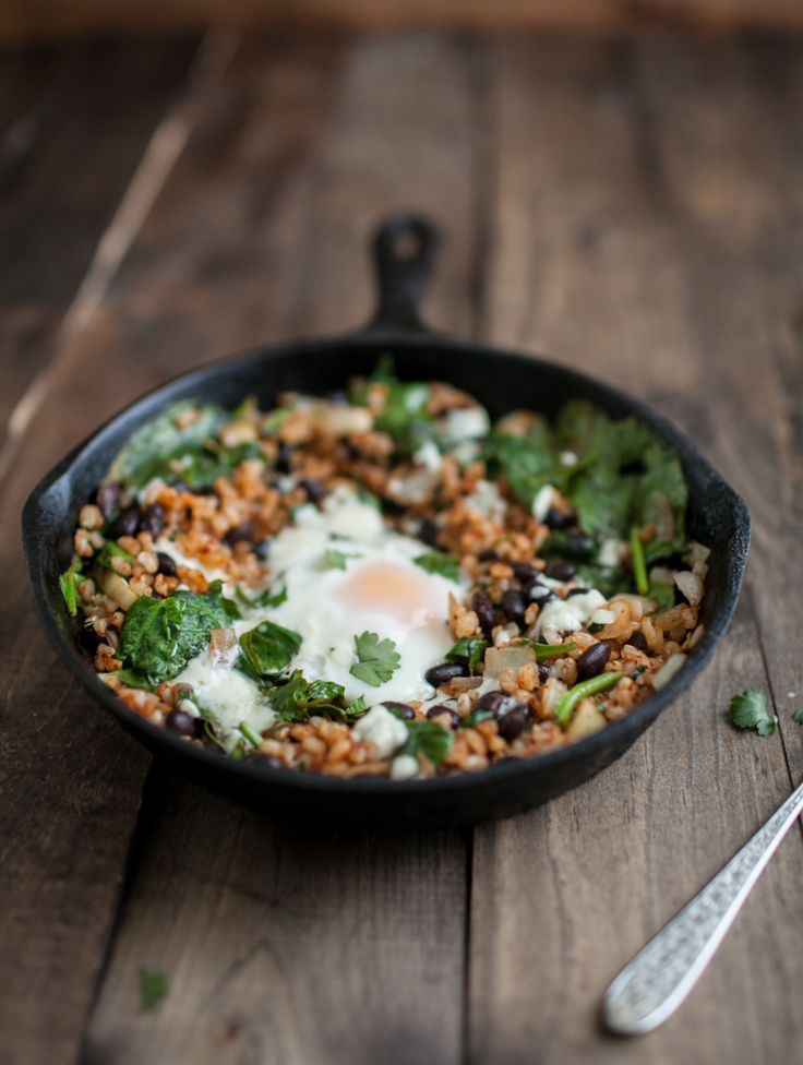 Chipotle Black Bean, Rice and Egg Skillet| She is one of the coolest foodies out there. {SWOON} | Naturally Ella