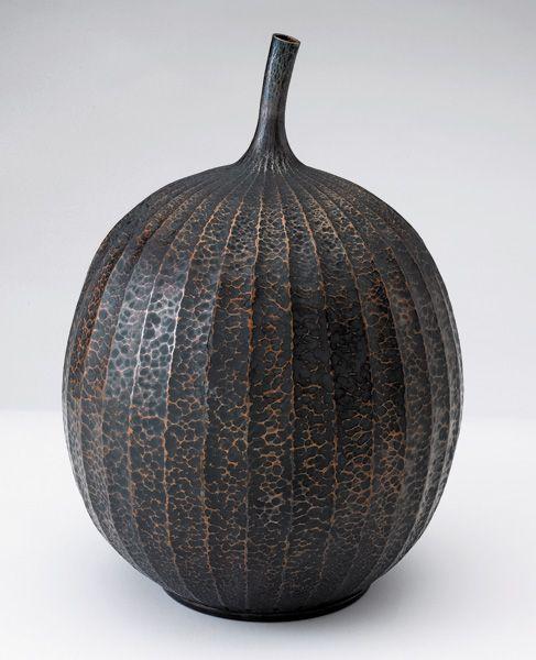 Waye Victor Meeten   To bear Fruit   bronze fluted vessel