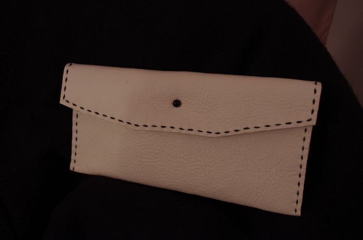 White and black simple clutch