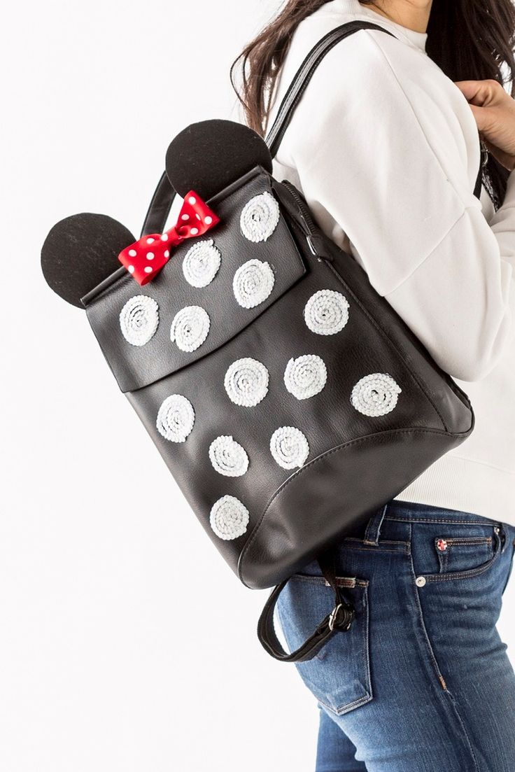 Make a Minnie Mouse polka dot sequin backpack for your next trip to Disneyland or Disney World with this style DIY tutorial.
