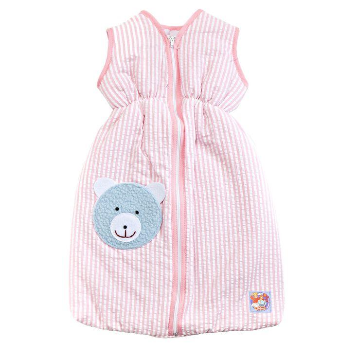 Je pop slaapt nog lekkerder in deze roze gestreepte slaapzak. De slaapzak heeft rits in de voorzijde en een elastieken band rondom de middel. Met het zoete schaapje voorop is je pop zo in dromenland! De slaapzak is geschikt voor poppen tot 37 cm. Inclusief houten kledinghanger. Afmeting: lengte 37 cm - Poppen Slaapzak Roze, 37cm