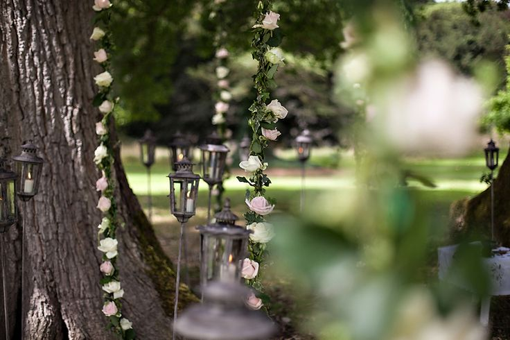 Strings of roses for your #outdoor ceremony