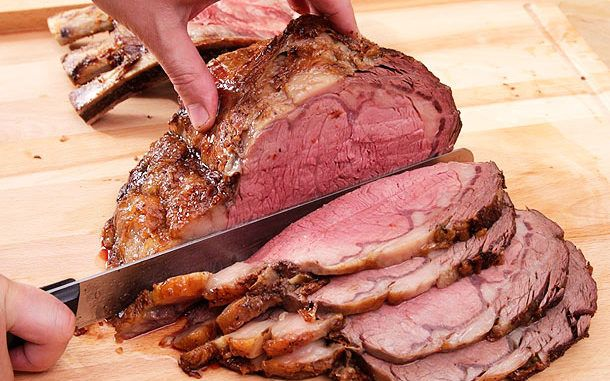 Ingredients 1 prime rib roast with or without bone (any size) Garlic powder Salt Pepper Directions...