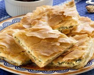 Pastilla de courgette allégée au fromage frais : http://www.fourchette-et-bikini.fr/recettes/recettes-minceur/pastilla-de-courgette-allegee-au-fromage-frais.html