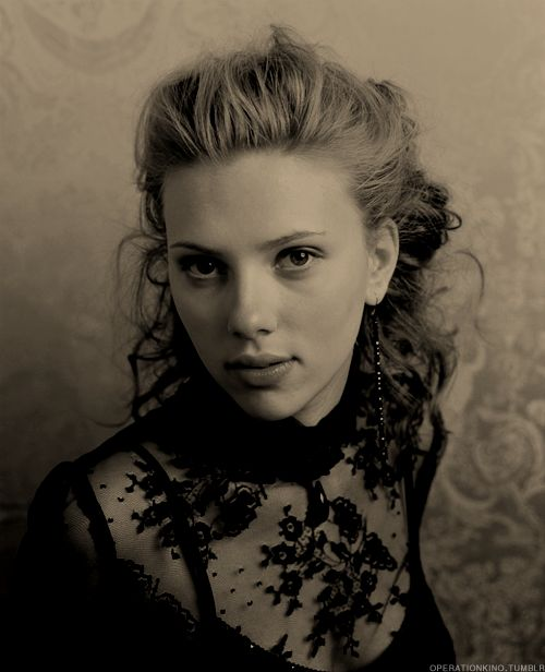 Scarlet Johansson sorry she is to hot