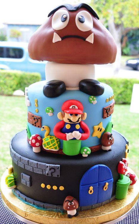Super Mario Bros. Mushroom Cake on http://www.drlima.net