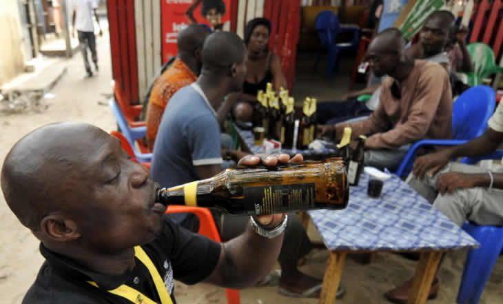 Cameroun : lever de boucliers contre une hausse des taxes sur les boissons alcoolisées - 08/12/2014 - http://www.camerpost.com/cameroun-lever-de-boucliers-contre-une-hausse-des-taxes-sur-les-boissons-alcoolisees-08122014/?utm_source=PN&utm_medium=CAMER+POST&utm_campaign=SNAP%2Bfrom%2BCamer+Post