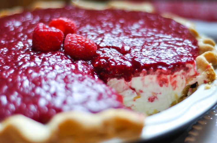 This pie came out of an intense craving for a Raspberry Cream Pie from  Briermere Farms in Riverhead, Long Island. Briermere is a small farm stand  on the last exit of the LIE. It's at the end of a road, past the highway,  past the factory outlets, and past some farm fields that make you forget