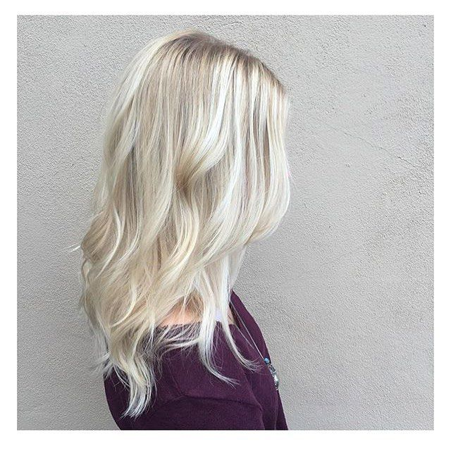 Hand painted ice blonde. Color by @tarahainsworthhair