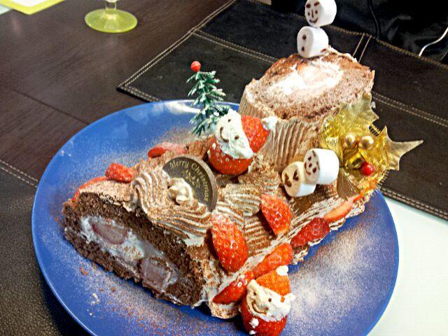 ロールケーキ難しい - 22件のもぐもぐ - ブッシュ・ド・ノエル by acha