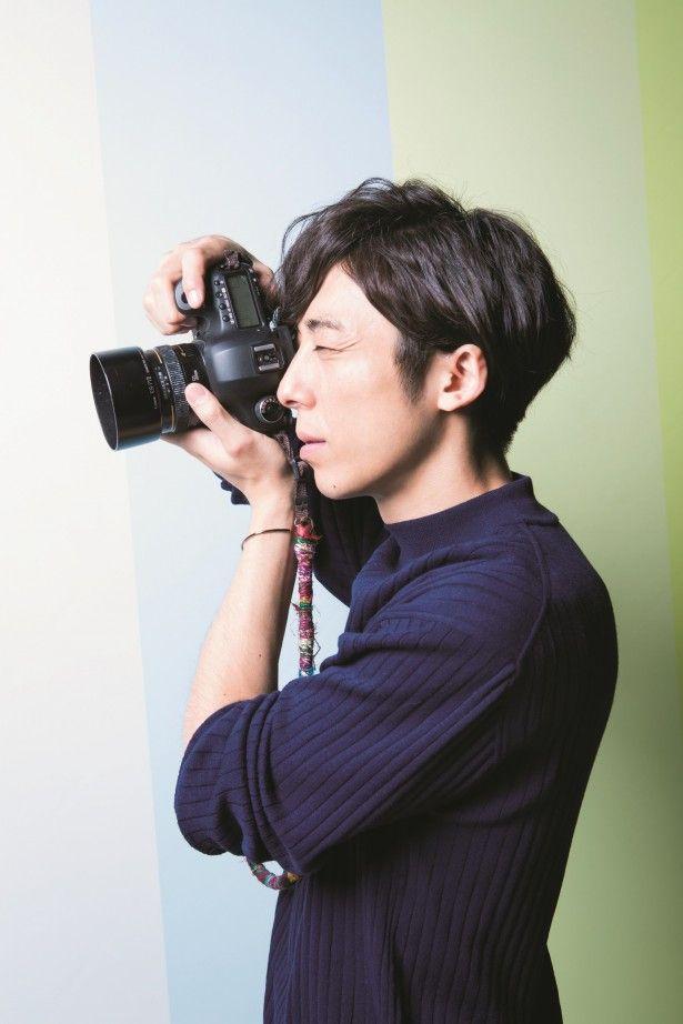 【ザテレビジョン芸能ニュース!】画像:「カメラマンさんが使っているカメラをよく見る」と明かす高橋一生