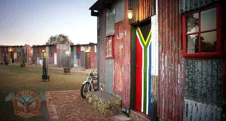 Emoya Estate's Fake Shanty Town Offers a Totally Tasteless Sou...