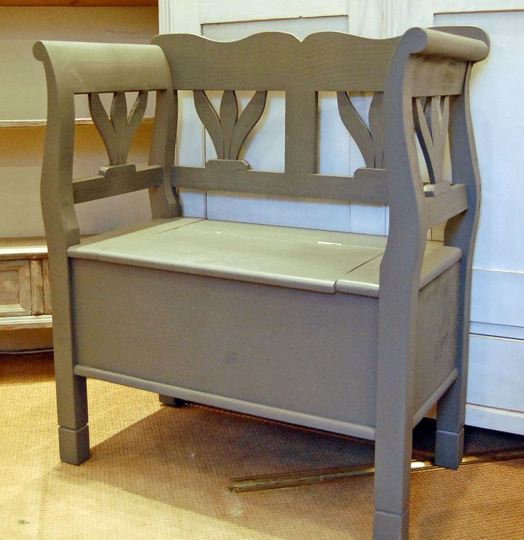 Bowley & Jackson Small wooden bench settle with box seat storage Bowley & Jackson