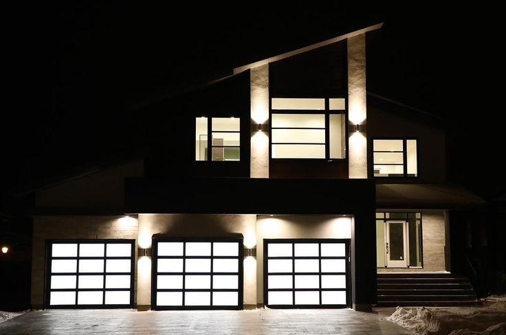 With longer winter nights #BuildDifferent looks as good at night or early morning light.  #YQR #ModernHome #CustomBuild #CustomHomes #quality #modern #original #home #design #imagine #creative #style #realestate #trueoriginal #dreamhome #architecture #dreamhomes #interior #YQRbuilds #construction #house #builder #homebuilder #showhome #creator