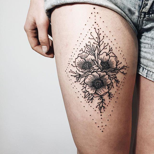 jenna tattoo mit mond
