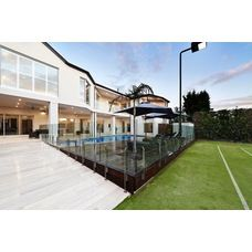 Pool fence by Frameless Impressions