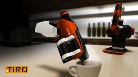 咖啡杯你見多了 但咖啡槍見過沒?: Tiro Espresso, Creative Funny, Il Tiro, Coff Gadgets, Shots, Design Concept, Coff Cups, Coffee Gadgets, Espresso Guns