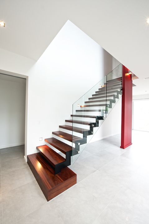 Best Feature Glass Balustrade Jarrah Stained Timber 400 x 300