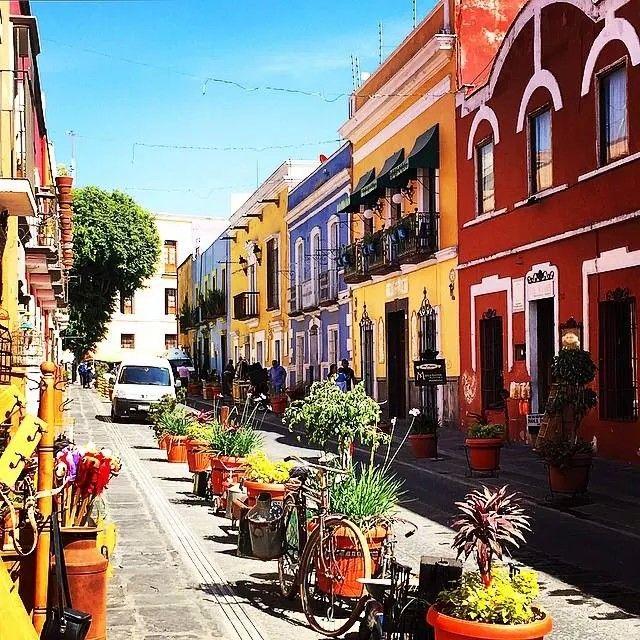 Puebla, Capital of the State of Puebla in Mexico. Formerly known as Heroica Puebla de Zaragoza.