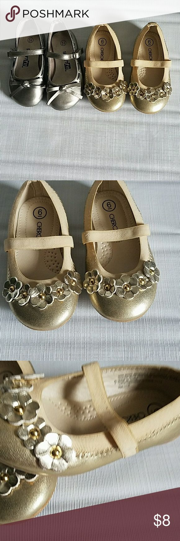 Girls gold and silver shoe bundle Bundle of two pair of girls shoes great used condition gold are size 6 and silver are 5 1/2 (Little girls) cherokee,Smart fit Shoes Dress Shoes