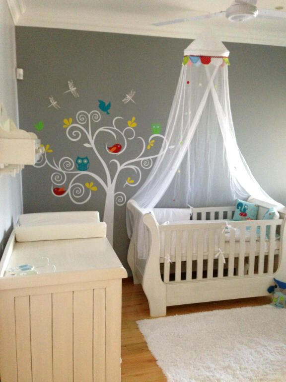 A neutral babies room with FLAIR!