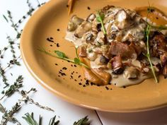 Lapin de Garenne aux champignons : Recette de Lapin de Garenne aux champignons - Marmiton