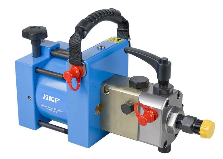 SKF Air-driven Hydraulic Pumps and Oil Injectors, THAP E series (THAP 030E, THAP 150E, THAP 300E,THAP 400E). They can be used for mounting OK Couplings, large pressure joints such as bearings, flywheels, couplings and railway wheels. The THAP E unit consists of a hydraulic pump or high pressure oil injector, driven by an air motor.