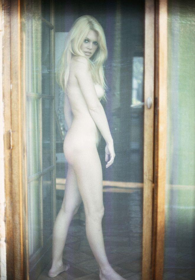 Brigitte Bardot photographed by Jean-Claude Sauer, 1967