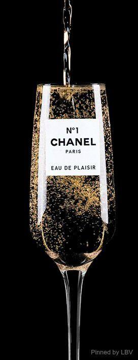 #ChampagneChanelN°1