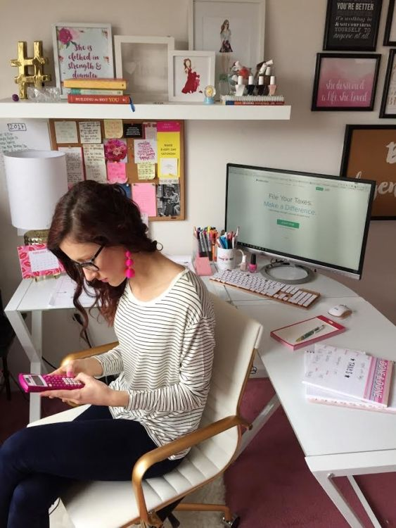 13 Tips for Getting   Staying Productive while Working from Home - working from home tips on Coming up Roses