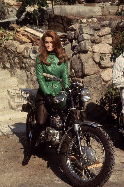 Ann Margaret Love this green leather jacket! - http://www.youmotorcycle.com