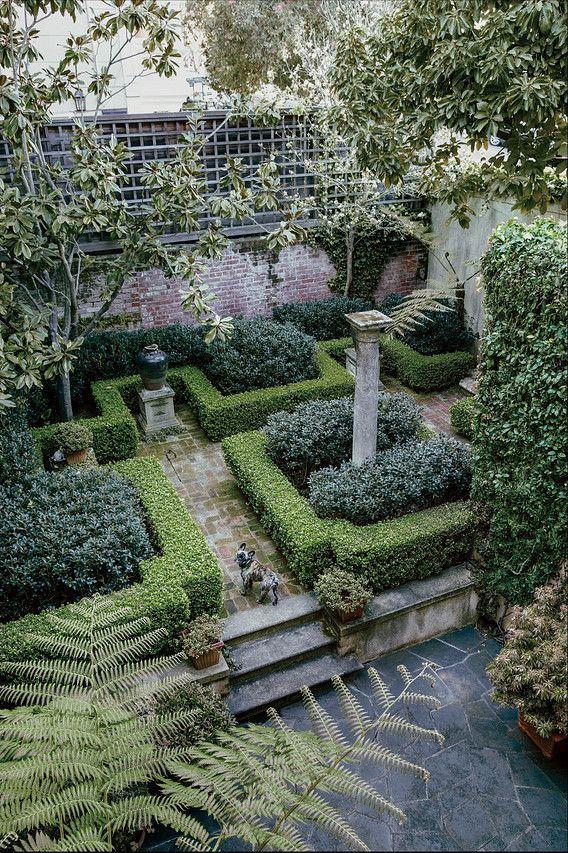 Pretty private garden with boxwoods