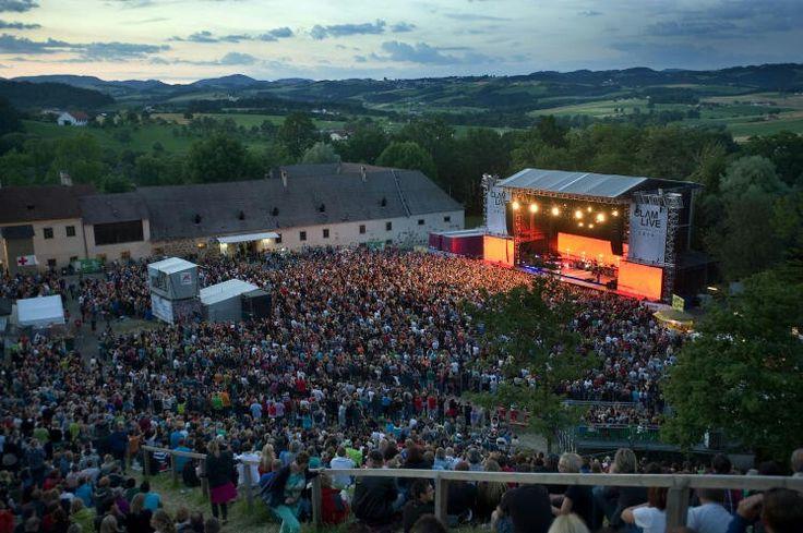Konzerte 2015 auf der Burg Clam  Bild:Markus Koepf
