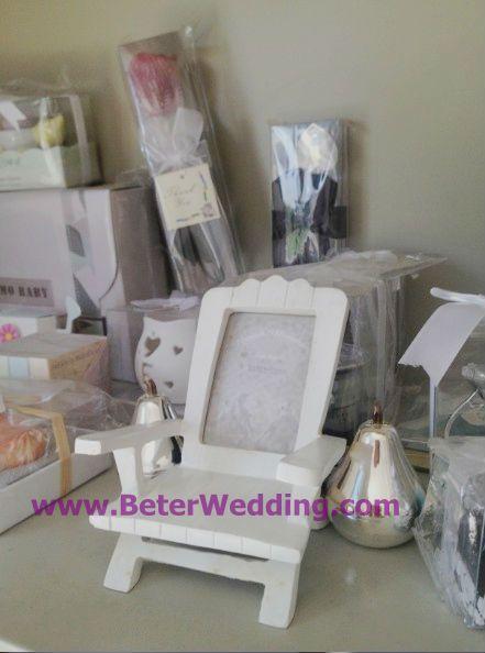 """「浜思い出"""" ミニチュアディロンダックの椅子の場所カード/フォトフレーム       http://aliexpress.com/store/product/Wedding-Dress-Tuxedo-Favor-Boxes-120pcs-60pair-TH018-Wedding-Gift-and-Wedding-Souvenir-wholesale-BeterWedding/512567_594555273.html    #結婚式の好意 #結婚式のお土産 #パーティの贈り物 #partysupplies      纯欧式, 专属于你的结婚回赠小礼物,上海婚庆用品批发    上海倍乐婚品 TEL: +86-21-57750096"""