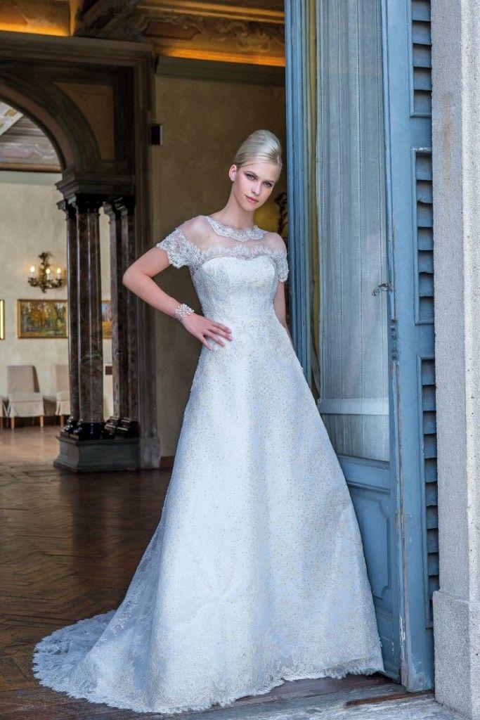 Model: Aida - Collezione Glamour di Gloria Saccucci Spose