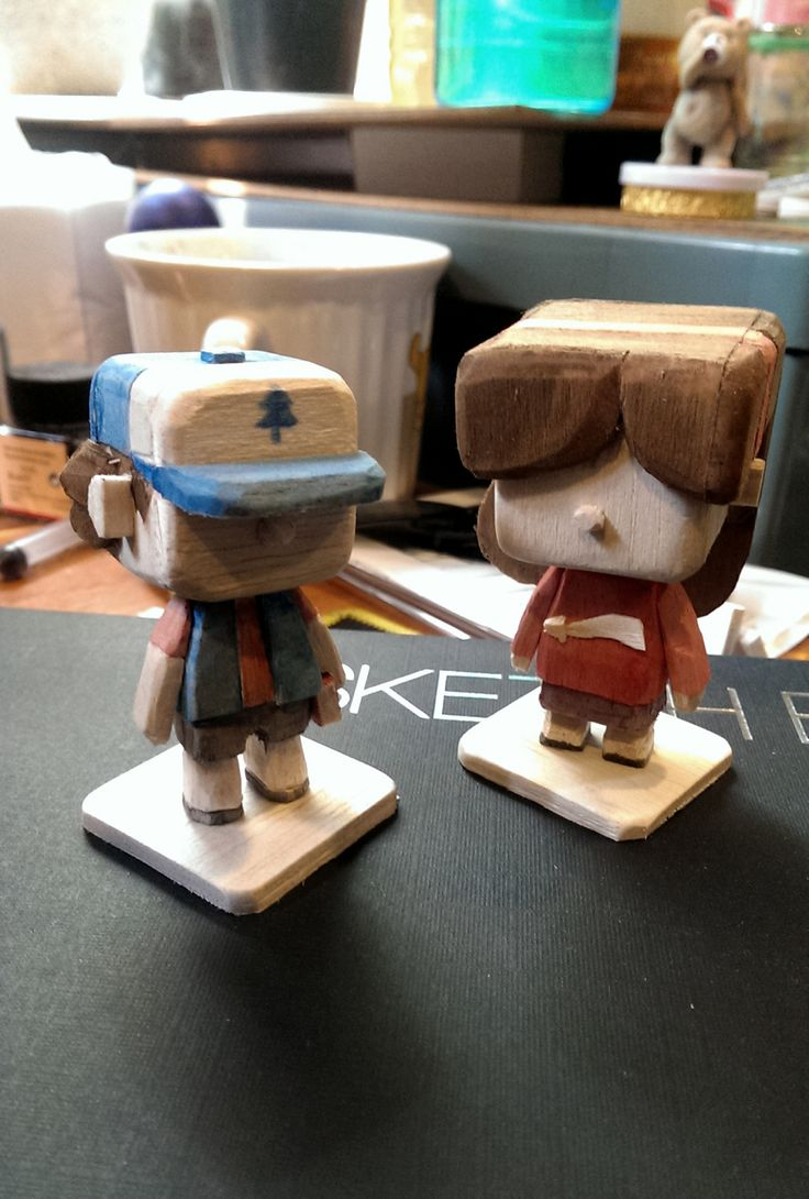 Wood figure Dipper and mabel