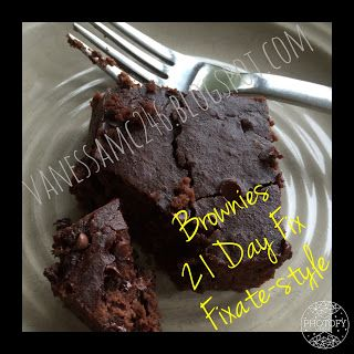 Flourless, gluten free, clean eating brownies, 21 Day Fix, FIXATE style from Autumn Calabrese