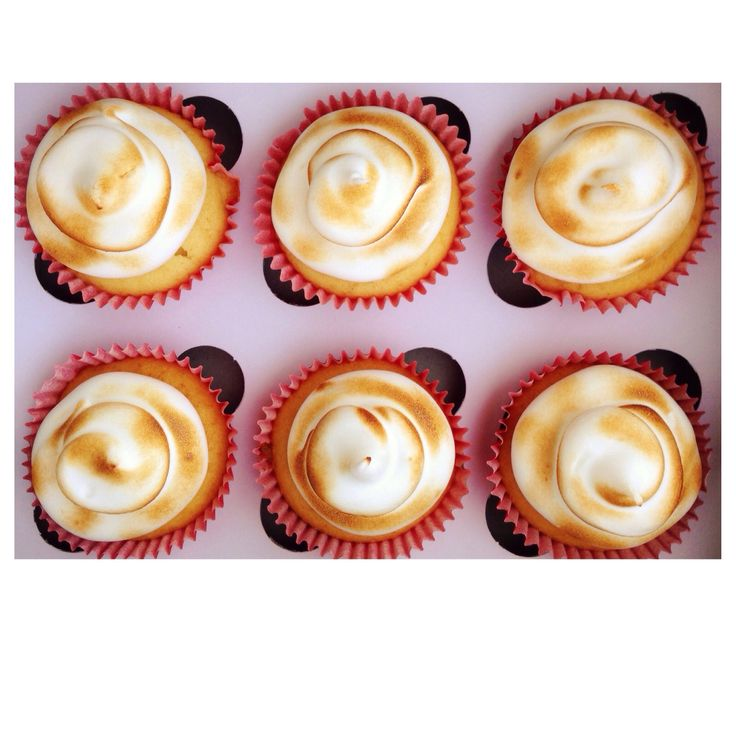 Cupcakes with Italian Meringue. Made by Sweet Tooth CPT https://www.facebook.com/sweettoothcpt Photo by Willem Lourens